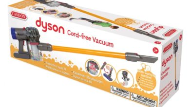 Photo of Your kids can help out with cleaning with this Dyson Vaccum toy that actually works
