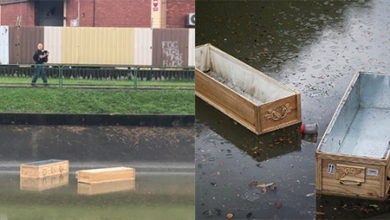 Photo of Two empty coffins found floating in Kallang River.